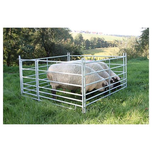 Panel pro ovce KERBL 0,92 x 1,8 m, pozinkovaný, s 2 průlezy pro jehně Panel pro ovce KERBL 0,92 x 1,8 m, pozinkovaný, s 2 průlezy pro jehně