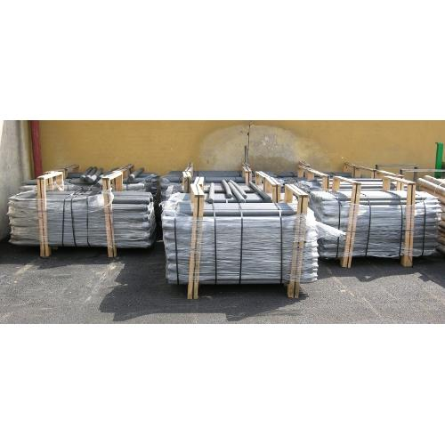 Kůl z recyklovaného plastu pro elektrické ohradníky - délka 190 cm/průměr 8,0 cm Kůl z recyklovaného plastu pro elektrické ohradníky