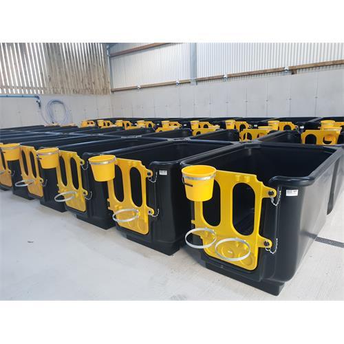 Izolační box JFC pro tele, 146 x 102 x 100 cm, celoplastový Izolační box JFC pro tele, 146 x 102 x 100 cm, celoplastový