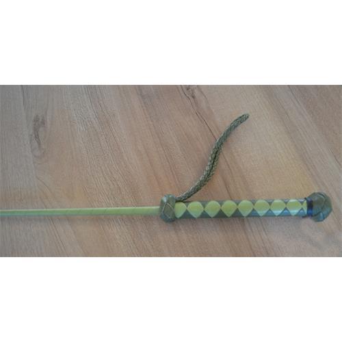 Kožený bič Small Paul, ručně šitý, hladký - zelený, 75 cm Bič Small Paul hladký, zelený, 75 cm