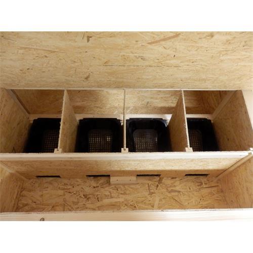 Zateplený kurník pro 10 slepic 182 x 137 x 105 cm Zateplený kurník pro slepice 182 x 137 x 105 cm