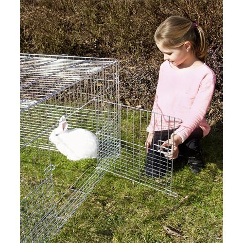 Výběh pro králíky, hlodavce a drůbež 144 x 112 x 60 cm s protipodhrabávacími destičkami, hustým pletením, rovná střecha, 3 dveře Velká dvířka z boku.