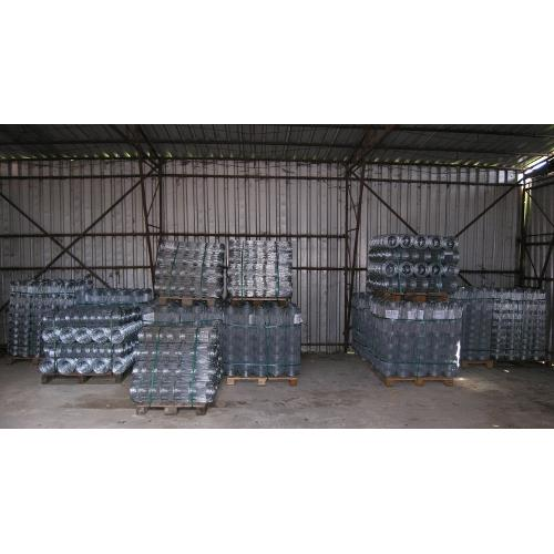 Uzlové pletivo zinkované s okem 15 cm - 50 m - 90cm - 7 drátů Uzlové pletivo zinkované s okem 15 cm, 90 cm - 50 m