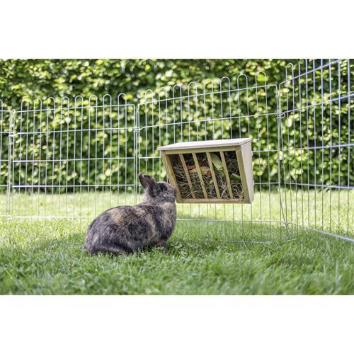 Jesle na seno pro králíky, dřevěné Jesle na seno dřevěné uchycené na výběhu pro králíky.