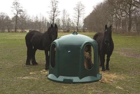 Zvon na seno pro koně